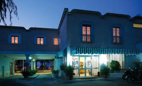 Hotel La Pineta Tropea Kalabrija Italija letovanje