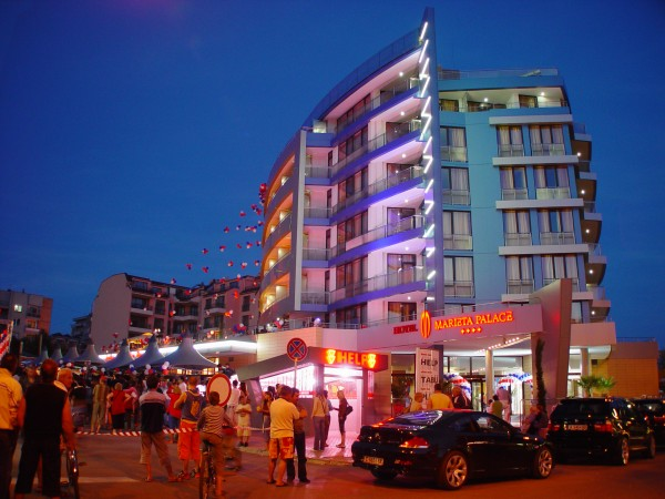 nesebar bugraska hoteli 4* ponuda cene aranzmani letovanje