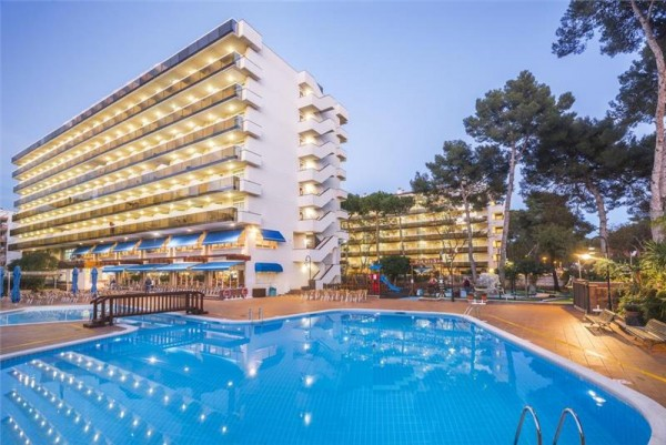 hotel marinada kosta dorada španija cena smestaja