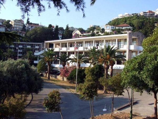 ULCINJ LETOVAJNE CRNA GORA PONUDE HOTELI SA 4* ARANZMANI