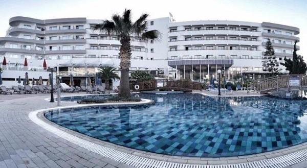Hotel Melissi Beach Aja napa Kipar letovanje cena smeštaj paket aranžman