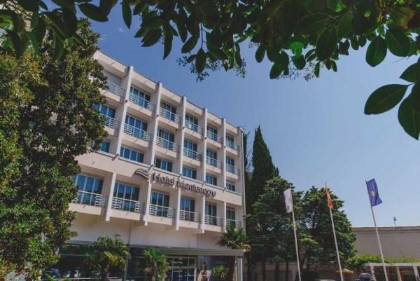 Hotel Montenegro beach Bečići Budva letovanje Crna Gora smeštaj cena