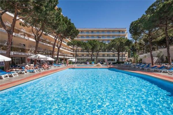 HOTEL OASIS PARK 4* - Kosta Dorada / Španija bazeni