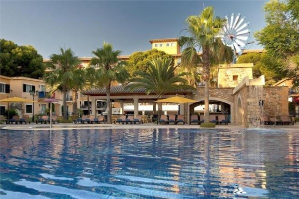 Hotel Occidental Playa de Palma 4* Bazen