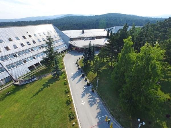hotel omorika tara srbija planina odmor letovanje smeštaj