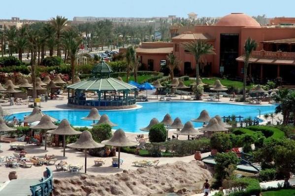 Hotel Parrotel Aqua Park Resort – ex. Park Inn 4* Bazen