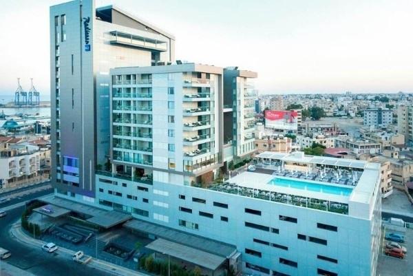 Hotel Radisson Blu Larnaka Kipar letovanje more cena paket aranžman avionom