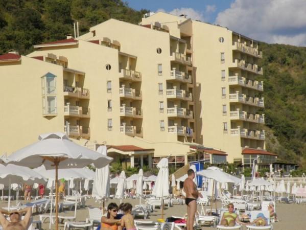 ELENI RESORT BUGRASKA CENE LETOVANJE 2016 PONUDA HOTELI SA 4*