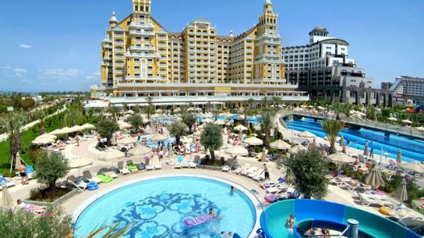 HOTEL ROYAL HOLIDAY PALACE TURSKA ANTALIJA - LARA LETO HOTELI CENE LAST MINUTE