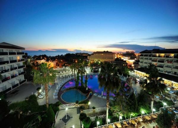 Hotel Seaden Corolla SIde bazen more ležaljke suncobrani paket aranžman letovanje Turska