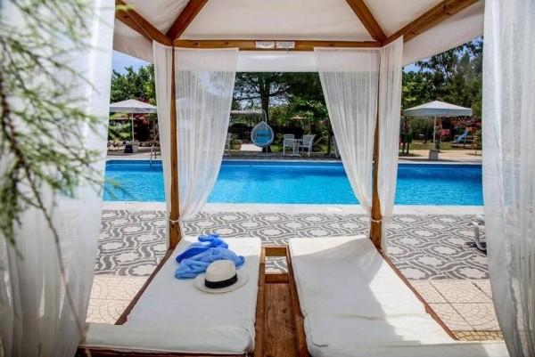Hotel Summery Liksuri Kefalonija Grčka ostrva letovanje more baldahin