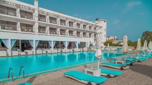 LARNAKA HOTELI SA 3* KIPAR AVIONOM