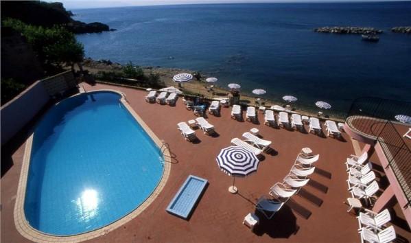 Italija Sicilija čarter let ponuda