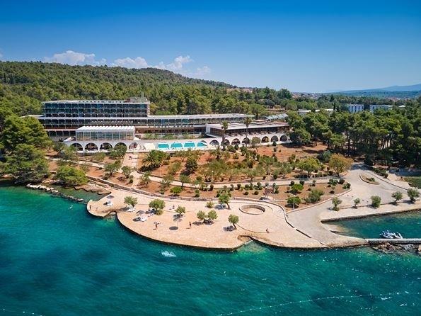 hotel Valamar Arkada Sunny stari grad Hvar jadran more letovanje spolja