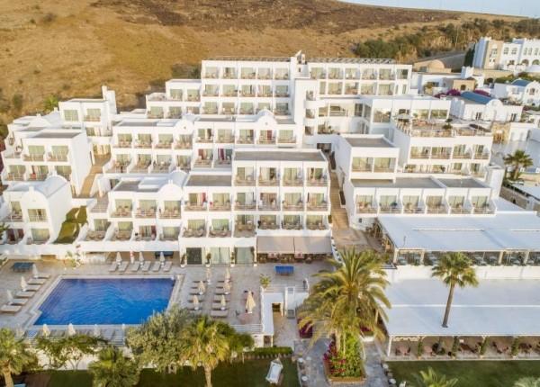 Hotel Voyage Bodrum Turska avionom paket aranžman letovanje povoljno samo za odrasle