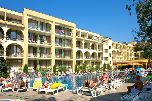 suncev breg hoteli bugraska cene ponuda leto aranzmani