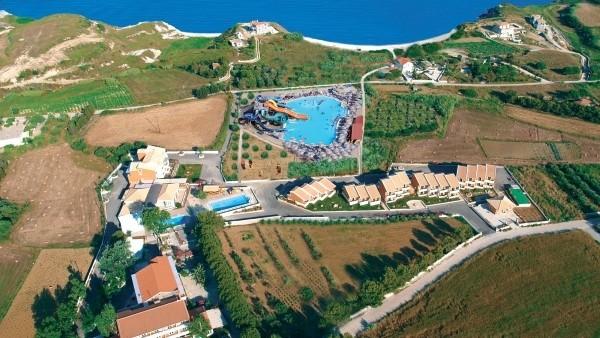 Ionian Sea Hotel Villas & Aqua Park Kefalonija smeštaj cena paket aranžman avionom kompleks aqua park