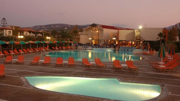 Hotel Minos Mare 4* - Platanes / Retimno / Krit - Grčka aranžmani