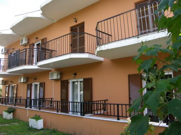 GRČKA KRF LETOVANJE APARTMANI I HOTELI CENE