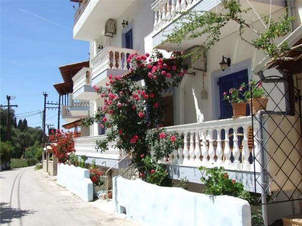 Vila Antigona Parga Grčka more letovanje povoljno letovanje plaža smeštaj