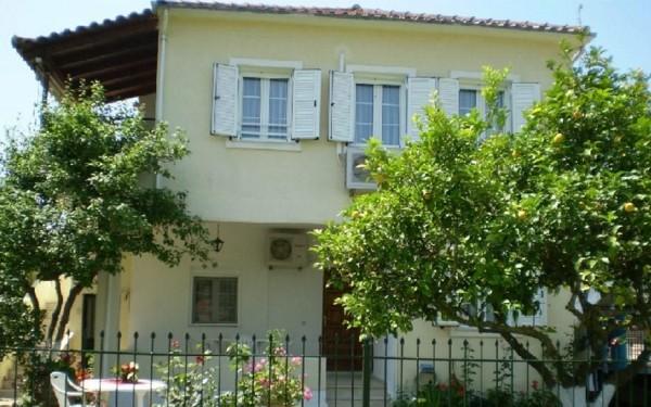 Vila Irini Sivota Grčka apartman leto letovanje jonsko more kuća apartmani