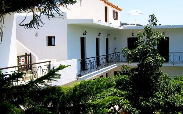 Vila Manolas Skijatos Grčka letovanje more cena povoljno paket aranžman avionom terasa