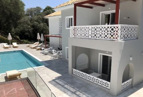 Vila Theros Parga Grčka smeštaj aranžman letovanje bazen
