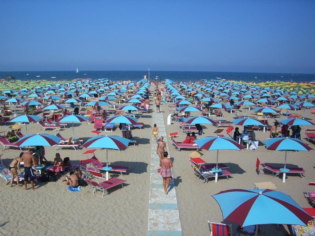 Rimini plaža Italija letovanje last minute ponude