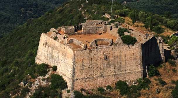 Antuza utvrdjenje Parga izleti obilasci letovanje Parga Grčka